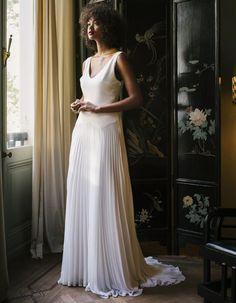 Valentine Avoh Grace Dress Big Wedding Dresses, Wedding Dress Trends, Designer Wedding Dresses, Bridal Dresses, Bridal Looks, Bridal Style, 1920s Inspired Dresses, Dior Dress, Column Dress