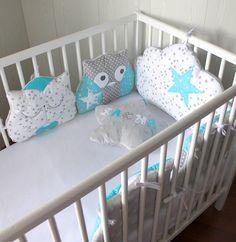 Tour de lit 5 coussins chat et hibou ou chouette, et nuage, turquoise, gris et blanc