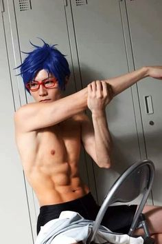 Rei Free! Omg perfect cosplay.. *fixed glasses* TRULY BEAUTIFUL.                                                                                                                                                                                 Mehr