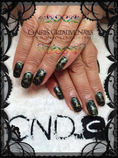CND Shellac in Frosted Glen with Moyou Rose Stamping. By Claire's Creative Nails, Northampton. Call or text: 07752 397245 to book your appointment.  #shellacnailsnorthampton #nailsalonnorthampton #christmasnailsnorthampton #moyoustampingnorthampton #cndshellacnorthampton #nailartnorthamptonnailsalon