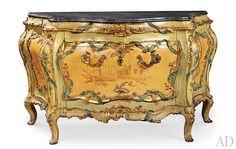 Mid-18th-century Venetian vanity.