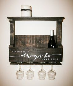 Reclaimed Pallet Wood Wine Rack Small — Personalized with Quote May your glass always be half full - Decoration Art Loft Pallet Crafts, Pallet Projects, Home Projects, Wood Crafts, Diy Projects To Sell, Woodworking Projects, Palette Diy, Wood Wine Racks, Pallet Wine Racks