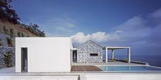 strangarchitecture: Villa Melana / Valia Foufa + Panagiotis Papassotiriou http://ift.tt/1Gl6OuP