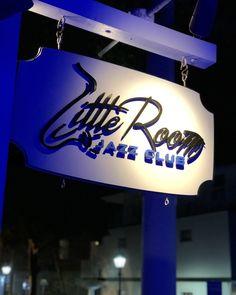 @FunNKeyWest posted to Instagram: One of my favorite places in Key West... glad to see it's open again! #littlejazzclub #jazzclub  #funinkeywest #keywestflorida #keywestlife #visitkeywest Key West Bars, Local Bars, Jazz Club, See It, My Favorite Things, Places, Fun, Instagram, Fin Fun
