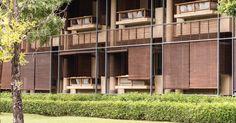 Kirimaya Photo Gallery will introduce the Stunning Views of Khao Yai and the Entire Kirimaya Resorts. Timber Architecture, Architecture Life, Chinese Architecture, Architecture Details, Bangkok Travel, Bangkok Trip, Farm Stay, Building Facade, Koh Samui