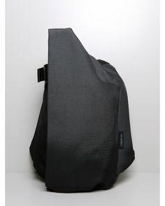 medium isar rucksack black