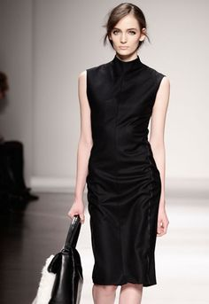 LBD - Gianfranco Ferre Fall 2011