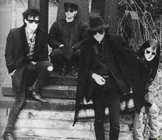 Sisters of Mercy. Best band ever. The Sisters Of Mercy, Patricia Morrison, Andrew Eldritch, Goth Bands, Gothabilly, New Romantics, Gothic Rock, Punk Goth, Post Punk