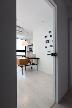 Minimalist Modern Small Apartment in Impressive Appearance: Amusing Apartment Z Design  With Wooden Working Desk  In Aluminum Frame Also Con...