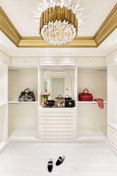 Click to discover Hausmann's interiors. #hausmann #luxuryinteriors #classicdesign #modern #elegant #interiordesign #interiordesigner #homedesign #homeinspo #luxurydesign Shoe Rack, Castle, Closet, Home Decor, Armoire, Decoration Home, Room Decor, Shoe Closet, Shoe Racks