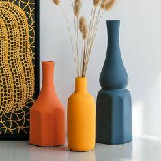 Large Flower Arrangements, Flower Vases, Flower Pots, Vase Centerpieces, Vases Decor, Cheap Vases, Vase Crafts, Minimalist Decor, Minimalist Living