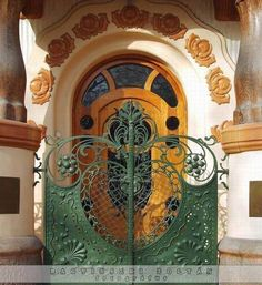 Art Nouveau door in Hungary, via : tremblingcolors