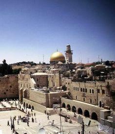 El Muro de las Lamentaciones es uno de los lugares más turísticos y emblemáticos de Jerusalén.
