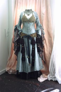 I really like the bra and belt over this gawazee. This would be great for the outdoor winter first night performances.