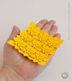 Folding instructions, crease pattern & pictures to the Origami High Density Hydrangea Tessellation, a combined design by Shuzo Fujimoto & Peter Budai.