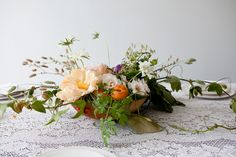 Gorgeous centerpiece via SUNDAY SUPPERS - The Makers