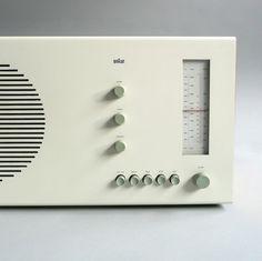 .radio.