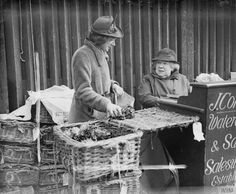 73 year old Mrs Jane Connell is a third generation market trader at Covent Garden. Irish Catholic, Old London, Covent Garden, Time Travel, Cabbages, London England, 1960s, War, Life