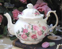 Tea time? So pretty !