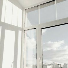 ⚇ 🧸☁️🏹~ ・゚✧:・𝒶𝑒𝓈𝓉𝒽𝑒𝓉𝒾𝒸𝓈・゚✧:・ tags: Cream Aesthetic, Aesthetic Colors, Aesthetic Photo, Aesthetic Pictures, White Feed, White Wallpaper, Picture Wall, Aesthetic Wallpapers, Architecture