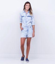 Macacão feminino  Manga longa  Curto  Com botões frontais  Bolsos funcionais  Marca: Blue Steel  Tecido: jeans  Modelo veste tamanho: P         COLEÇÃO INVERNO 2016     Veja mais opções de  macacões femininos.