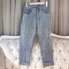 38037 This pair distressed of dark denim jeans are a must-have! Features super cute fringe details & a stretchy denim fabric and a push up to enhance your assets. Denim Fashion, Look Fashion, Spring Fashion, Fashion Design, Fashion 2018, Curvy Fashion, Fashion Trends, Fringe Pants, Denim Pants