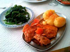 6 Euro lunch in Cafe 15 in Tomar Portugal. Do gourmet restuarants serve better food?: http://www.europealacarte.co.uk/blog/2012/05/14/gourmet-restaurants/