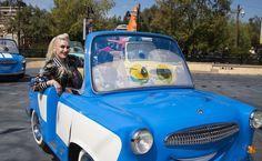 Gwen Stefani takes her boys Kingston, Zuma and Apollo to Disneyland