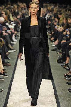 Givenchy RTW Fall 2014 - Slideshow - Runway, Fashion Week, Fashion Shows, Reviews and Fashion Images - WWD.com
