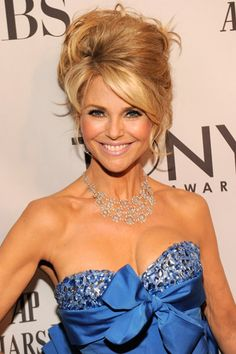 Love that dress and that big hair!!!! :) Christie Brinkley....aging gracefully...yes please - I cant believe she is almost 60!!!