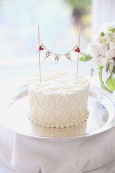 simple wedding cake by woodstock inn Simple Anniversary Cakes, Diamond Anniversary Cake, Anniversary Cake Designs, Wedding Anniversary Cakes, Anniversary Pictures, Anniversary Ideas, Small Wedding Cakes, Wedding Cake Rustic, Elegant Wedding Cakes