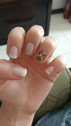 Manicure mandalas sencillas ideas for 2019 Crazy Nails, Love Nails, Pretty Nails, American Manicure Nails, Glitter French Manicure, Manicure Colors, Manicure And Pedicure, Nails 2018, Neutral Nails