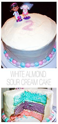 Super moist and delicious! White Almond Sour Cream Cake... Makes a great birthday cake! #cake #whitecake #bakingaddiction #sugarbcupcakes