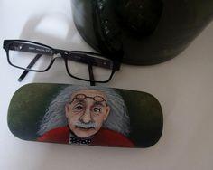 Futrál+na+druhé+oči+pouzdro+na+brýle+malované+akrylem,+přelakované+několika+vrstvami+matného+laku.