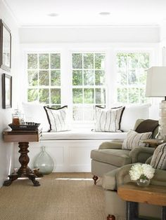 Built In Window Seat - Cottage - living room - Courtney Giles Interiors Interior Design Atlanta, Interior Design Living Room, Living Room Bench, Living Spaces, Living Rooms, Family Rooms, Window Benches, Window Seats, Built In Bench