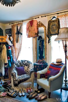 Florence Welch's London Home - Coming Clean - Welch owns up to having multiple radios on constantly . . .