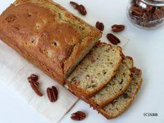 Stoofpeertjes cake met pecannoten, een heerlijke herfst cake, lekker bij een kop warme thee, chocolademelk of koffie. Recept, oven, bakken, tussendoortje.