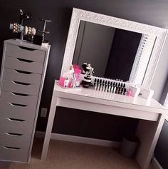 Ikea malm table and alex drawers- love the mirror too new room :) beauty ro Vanity Room, Vanity Desk, Mirror Vanity, Ikea Vanity, Vanity Area, Diy Vanity, Decoration Inspiration, Room Inspiration, Decor Ideas