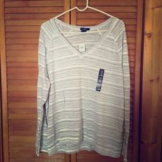 I just discovered this while shopping on Poshmark: Gap long sleeve v-neck t-shirt. Check it out!  Size: XL