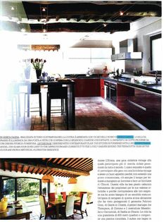 Ernestomeda on Ville e Casali magazine, November 2014. A charming residence rich in work of art and with a prestigious kitchen.