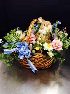 Easter Projects, Easter Crafts, Holiday Crafts, Holiday Decor, Easter Table, Easter Decor, Flower Decorations, Christmas Decorations, Easter 2018