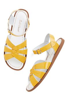 Outer Bank on It Sandal in Yellow. A sunny reception from your friends is a shore thing when you come dancing across the dunes in these stunning shoes by Salt Water Sandals! #yellow #modcloth