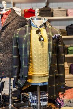 Preppy Mens Fashion, Men Fashion, Ivy League, Gentleman Style, Fall Looks, Men's Style, The Hamptons, Menswear, Basket