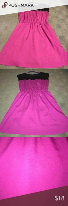 Short dress/tunic Pink/purplish black lace dress. Very short, could also be worn as a tunic. Dresses Mini