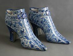Pair London Delft shoes c.1720