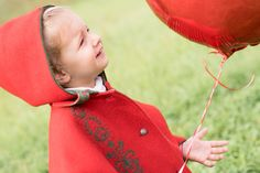 """""""Marie and a red balloon"""" #stephaniewolffphotography #photography #blogphotography #fashionshooting #redballoon #kidsshooting https://m.facebook.com/Stephanie.Wolff.Photography"""