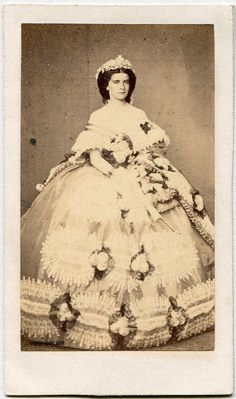 Marie Sophie, Queen of the Two Sicilies, cdv by Alphonse Bernoud, Naples 1859.