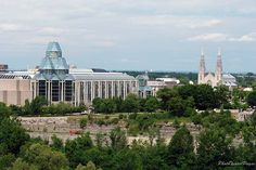 National Gallery and Notre Dame Cathedral, Ottawa, Ontario