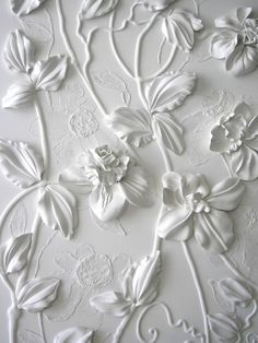 Gorgeous plaster work - would be afraid though that it would chip or crack so easily....