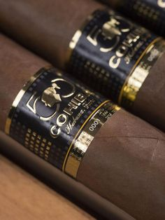Cohiba Anniversay Cigars Revealed at Festival del Habano - Cigar Journal Cigars And Whiskey, Good Cigars, Pipes And Cigars, Cigar Shops, Cigar Bar, Cheap Cigars, Cohiba Cigars, Cigar Accessories, Cigar Room